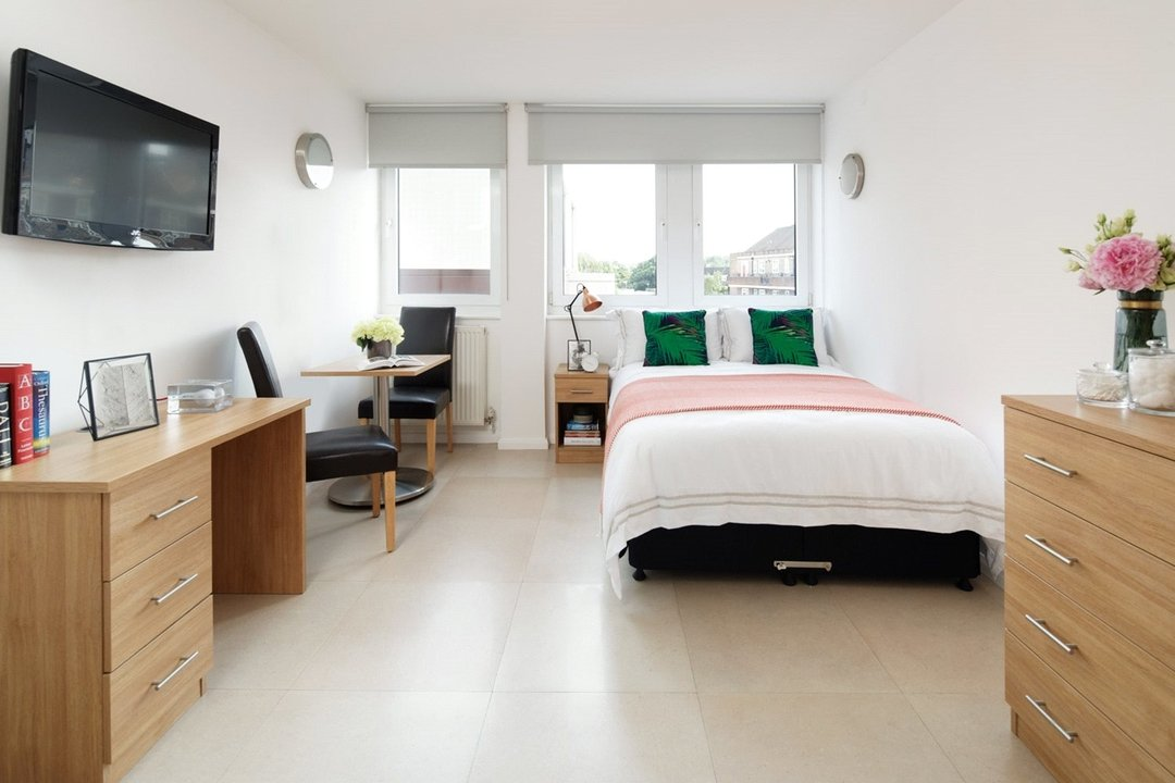 Flat To Rent In Stockwell Park Apartments Courland Grove Sw8 2px View
