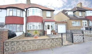 House for sale in Croft Road, Norbury, SW16 3NG-View-1