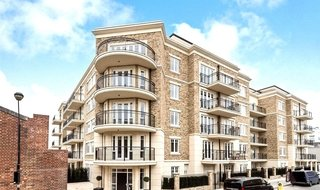 Flat for sale in Higham House East, 100 Carnwath Road, SW6 3HW-View-1
