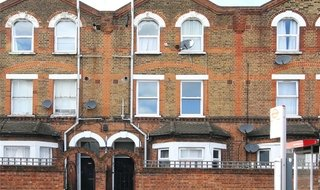 Flat for sale in Streatham High Road, London, SW16 3QL-View-1