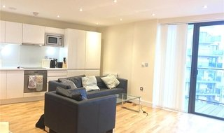 Flat for sale in Tanner Street, Southwark, SE1 3GN-View-1