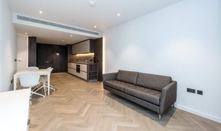 to rent in Ambrose House, 19 Circus Road West, SW11 8EL-View-1