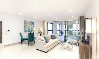 Flat to rent in Conquest Tower, 130 Blackfriars Road, SE1 8EW-View-1