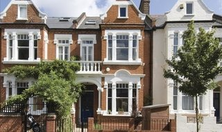 House to rent in Crescent Lane, Clapham Common, SW4 9PU-View-1
