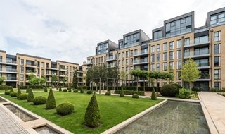 Flat to rent in Ingrebourne Apartments, 5 Central Avenue, SW6 2GG-View-1
