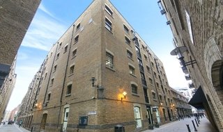 Flat to rent in Lafone Street, , SE1 2LZ-View-1