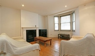 Flat to rent in Lavender Hill, London, SW11 5RB-View-1