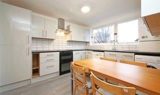 Flat to rent in Margate Road, London, SW2 5DT-View-1