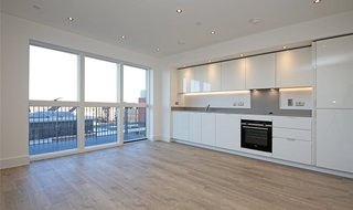 Flat to rent in Masters Court, Lyon Road, HA1 2BT-View-1