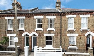 House to rent in Morrison Street, London, SW11 5LR-View-1