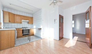 Flat to rent in Northborough Road, Norbury, SW16 4TR-View-1