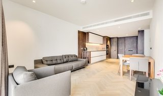 Flat to rent in Pearce House, 8 Circus Road West, SW11 8ET-View-1