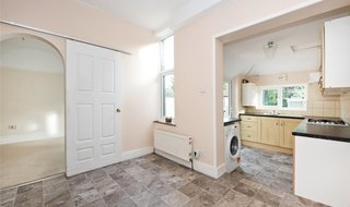 House to rent in Strathyre Avenue, Norbury, SW16 4RG-View-1