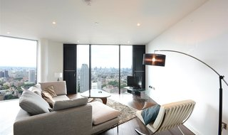 Flat to rent in Walworth Road, London, SE1 6EL-View-1
