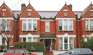 Flat to rent in Yukon Road, , SW12 9PU-View-1