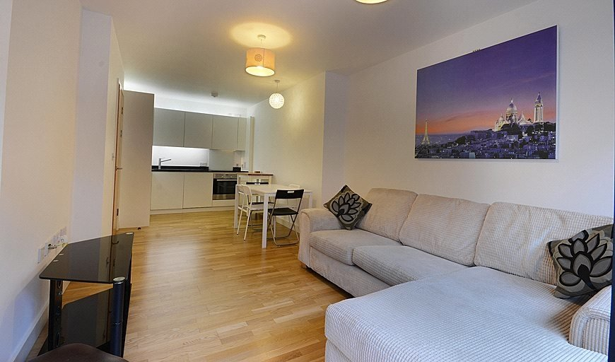 flat for sale in Amelia Street, London, SE17 3BY-View-1