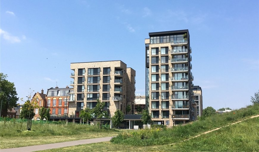 flat for sale in Arments Court, 392 Albany Road, SE17 2BA-View-1