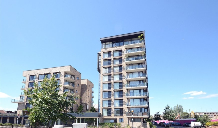flat for sale in Arments Court, 392 Albany Road, SE5 0DF-View-1