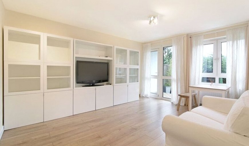 flat for sale in Arnold Estate, Druid Street, SE1 2DR-View-1