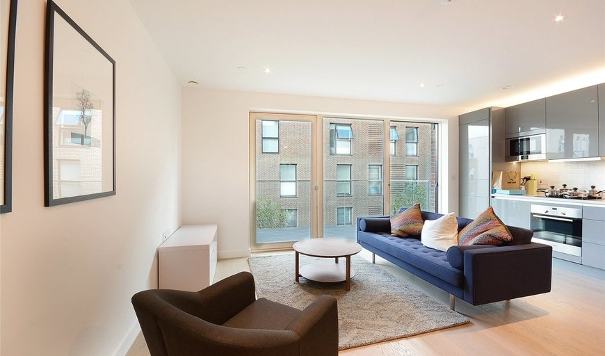flat for sale in Capell Apartments, Victory Place, SE17 1PG-View-1