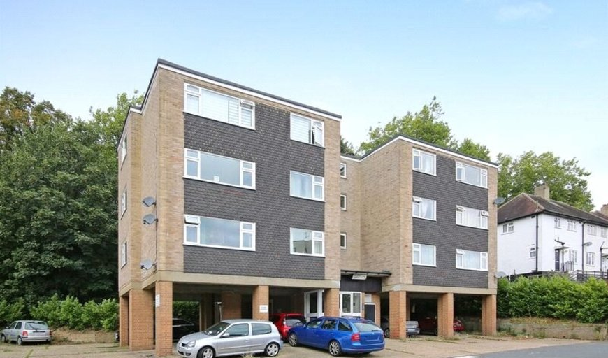 flat for sale in Downes House, 34 Violet Lane, CR0 4HF-View-1