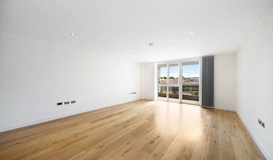 flat for sale in Glenbrook Apartments, 85 Glenthorne Road, W6 0DJ-View-1