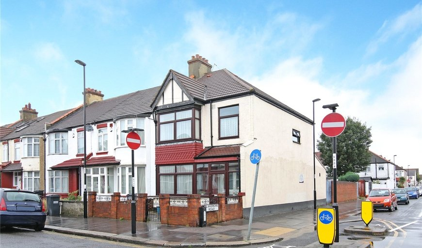 house for sale in Gonville Road, Thornton Heath, CR7 6DD-View-1