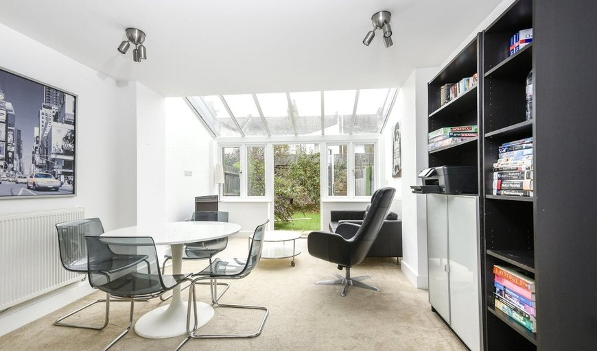 house for sale in Hepdon Mews, London, SW17 0GP-View-1