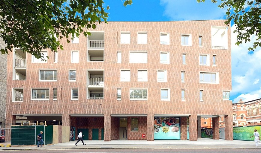 flat for sale in Highwood Garden Terrace North, London, SE17 1FA-View-1