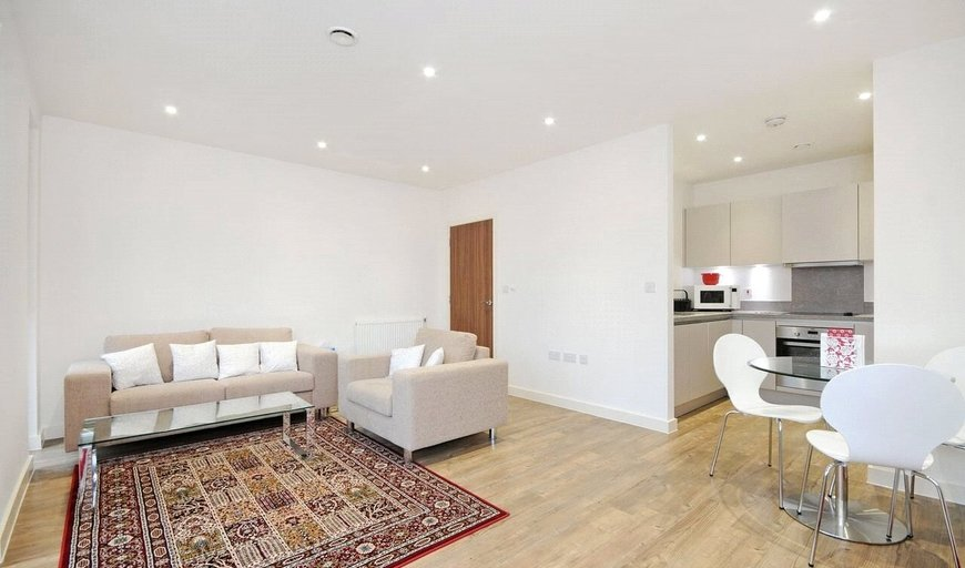 property for sale in Moorhen Drive, Hendon, NW9 7DR-View-1