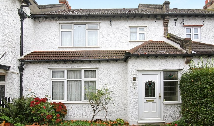house for sale in Semley Road, Norbury, SW16 4PS-View-1