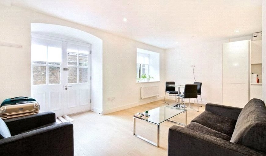 flat for sale in Severn Court, 25 Clyde Square, E14 7TD-View-1