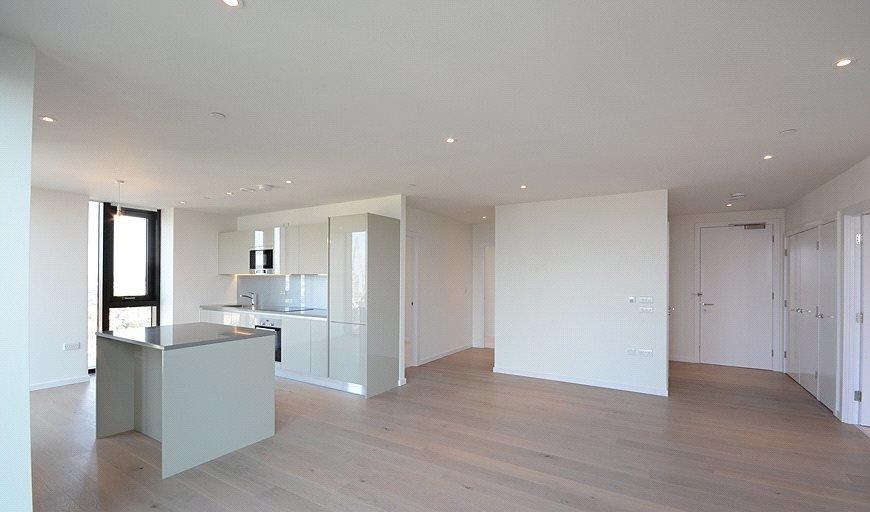 flat for sale in St. Gabriel Walk, London, SE1 6FF-View-1