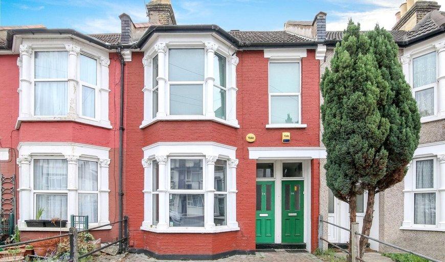 maisonette for sale in Totton Road, Thornton Heath, CR7 7QR-View-1