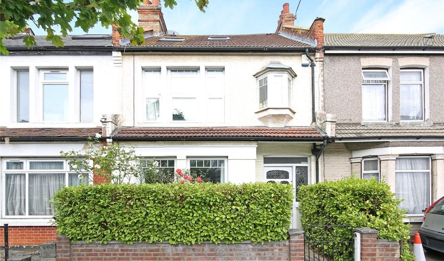 house for sale in Tylecroft Road, Norbury, SW16 4BL-View-1