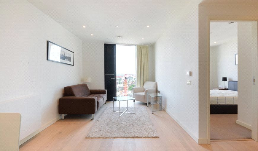 flat for sale in Walworth Road, London, SE1 6EJ-View-1