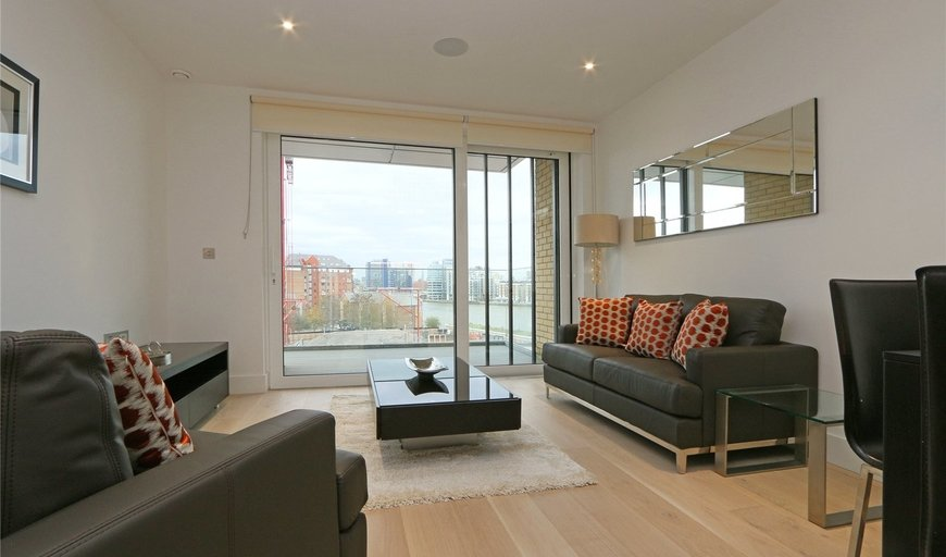flat for sale in Westbourne Apartments, 5 Central Avenue, SW6 2GP-View-1
