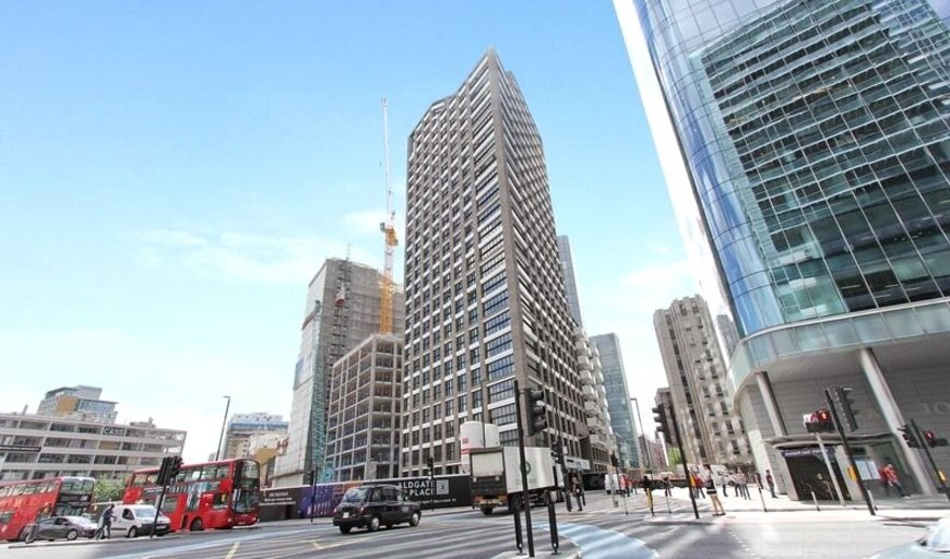 flat for sale in Wiverton Tower, 4 New Drum Street, E1 7AS-View-1