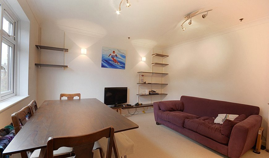 flat to rent in 40-41 Searles Road, London, SE1 4YX-View-1