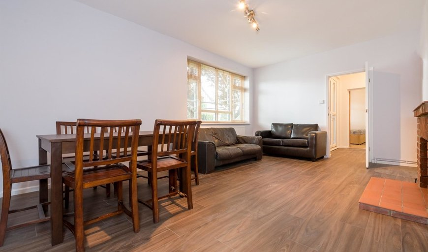 flat to rent in Abbott House, Nightingale Lane, SW12 8NW-View-1