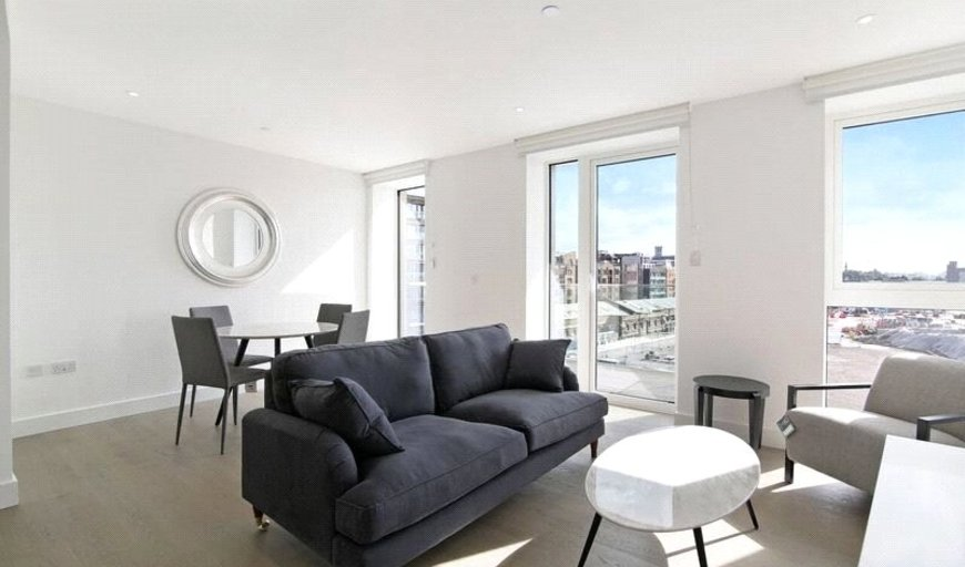 flat to rent in Ariel House, 144 Vaughan Way, E1W 2AG-View-1