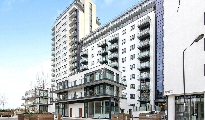 flat to rent in Knights Tower, 14 Wharf Street, SE8 3FX-View-1