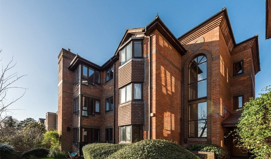 flat to rent in Lantern Court, 99 Worple Road, SW20 8HB-View-1