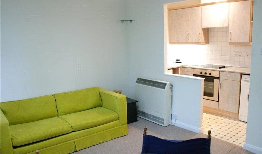 flat to rent in Newington Causeway, , SE1 6BA-View-1