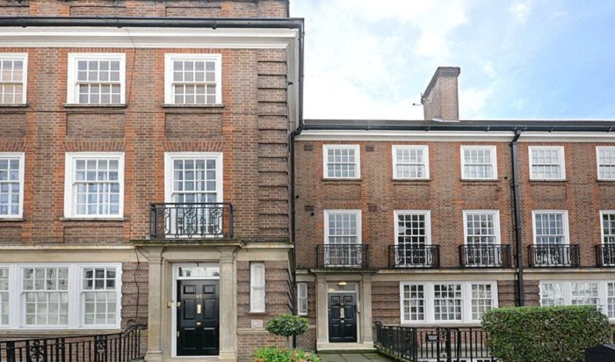 Flat to rent in swinton house gloucester terrace london for The terrace house book